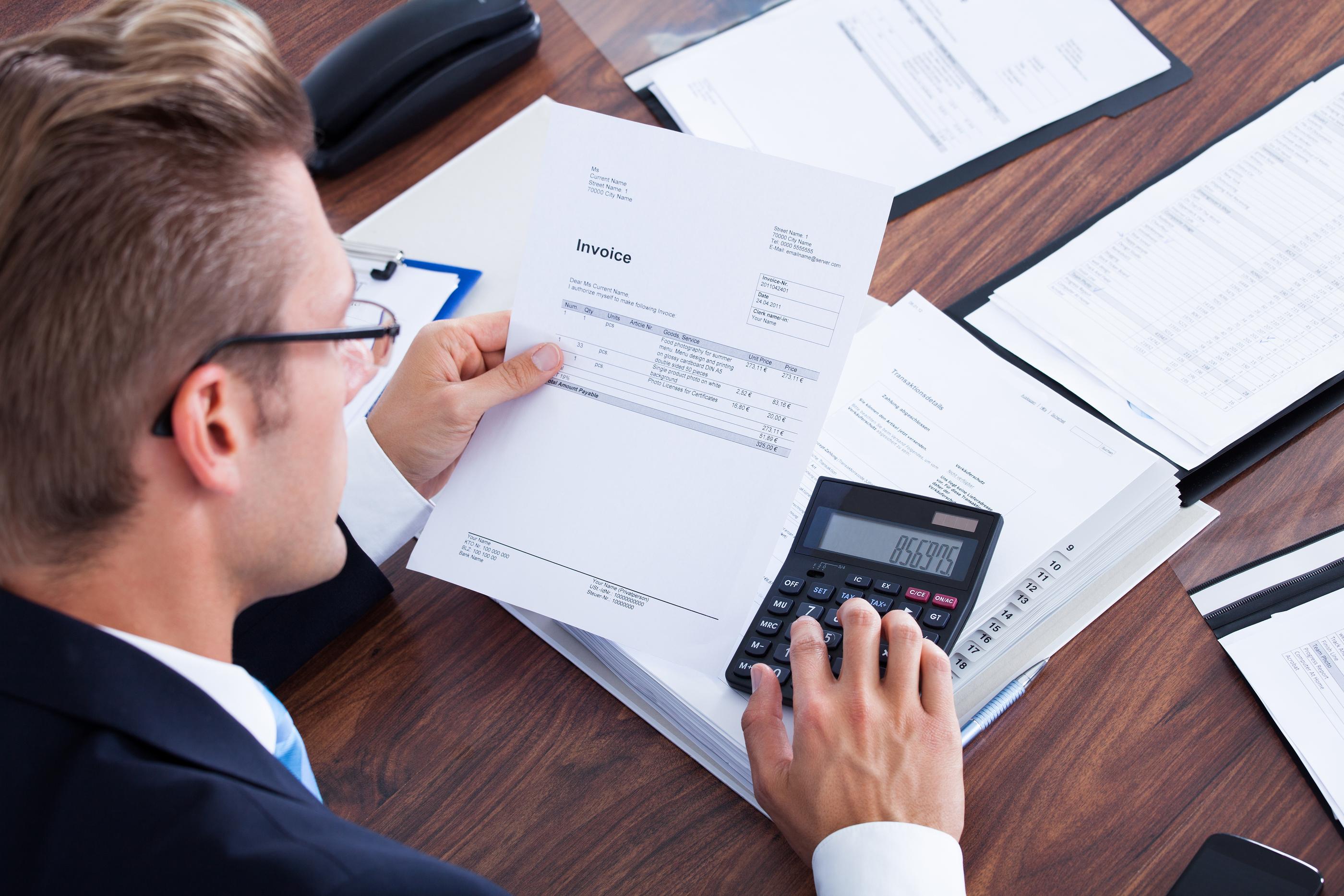 cómo es la facturación en servicios extracomunitarios
